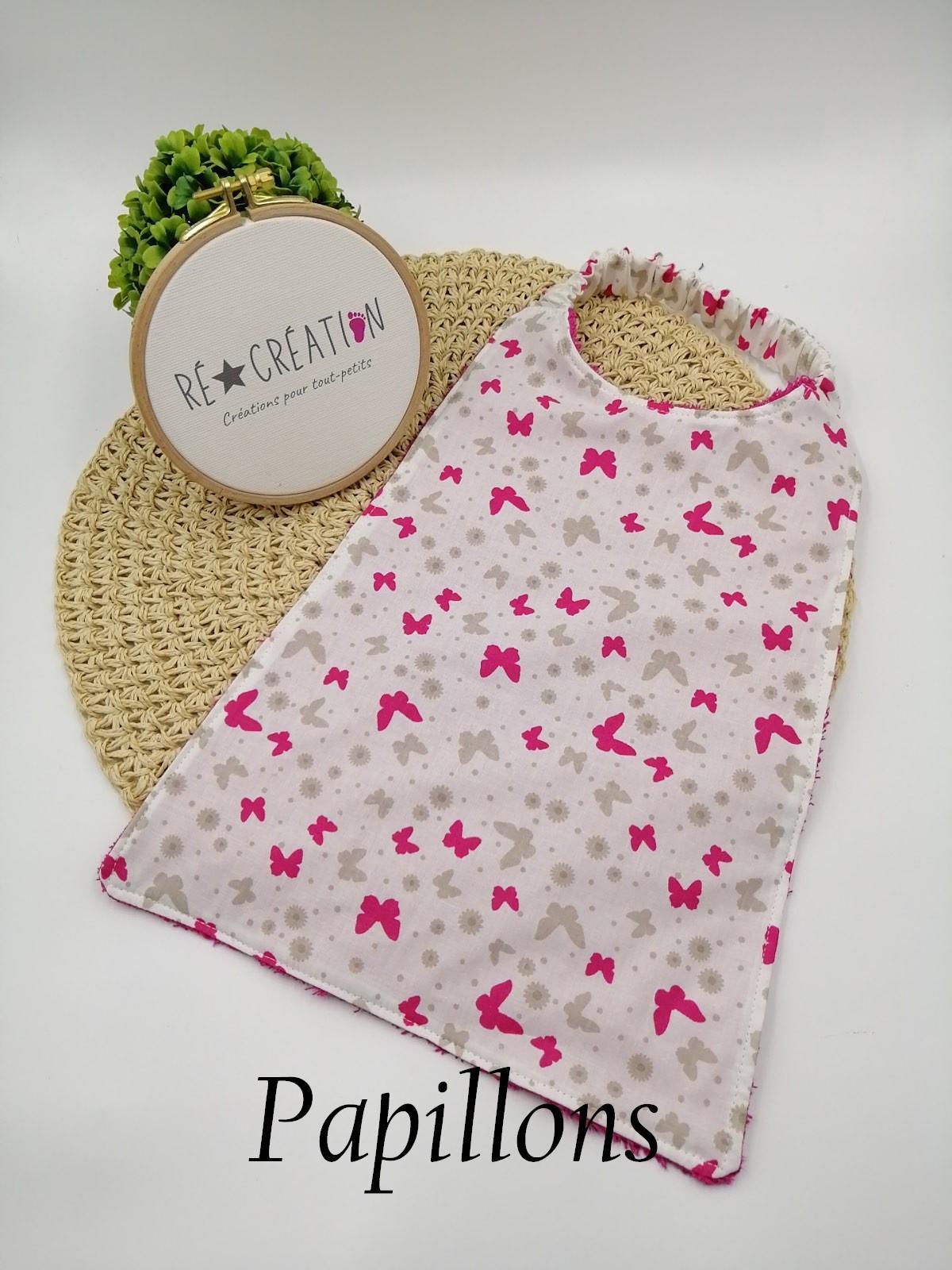 Bavoir serviette maternelle papillon fuschia 1