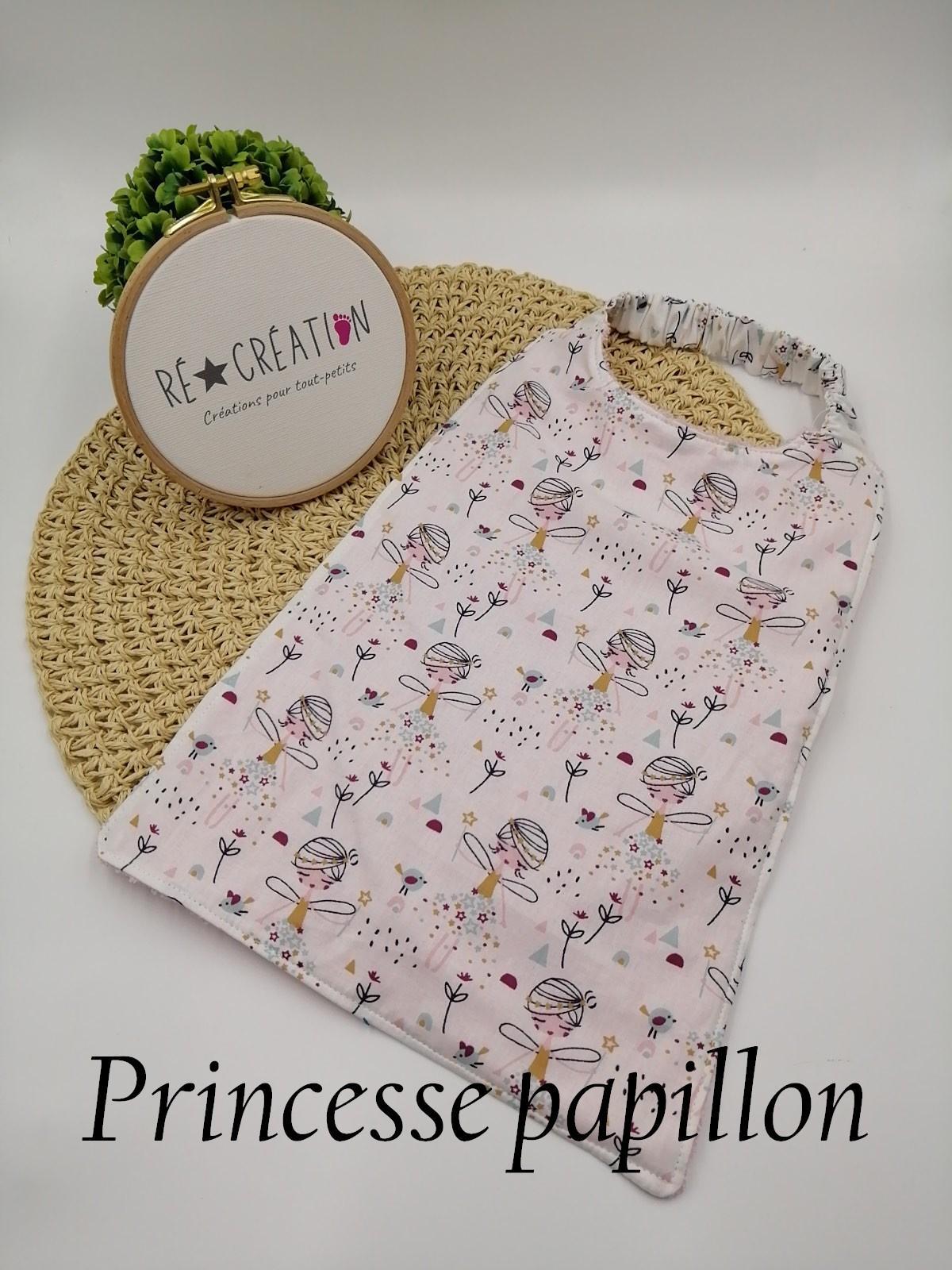 Bavoir serviette maternelle princesse papillon 1