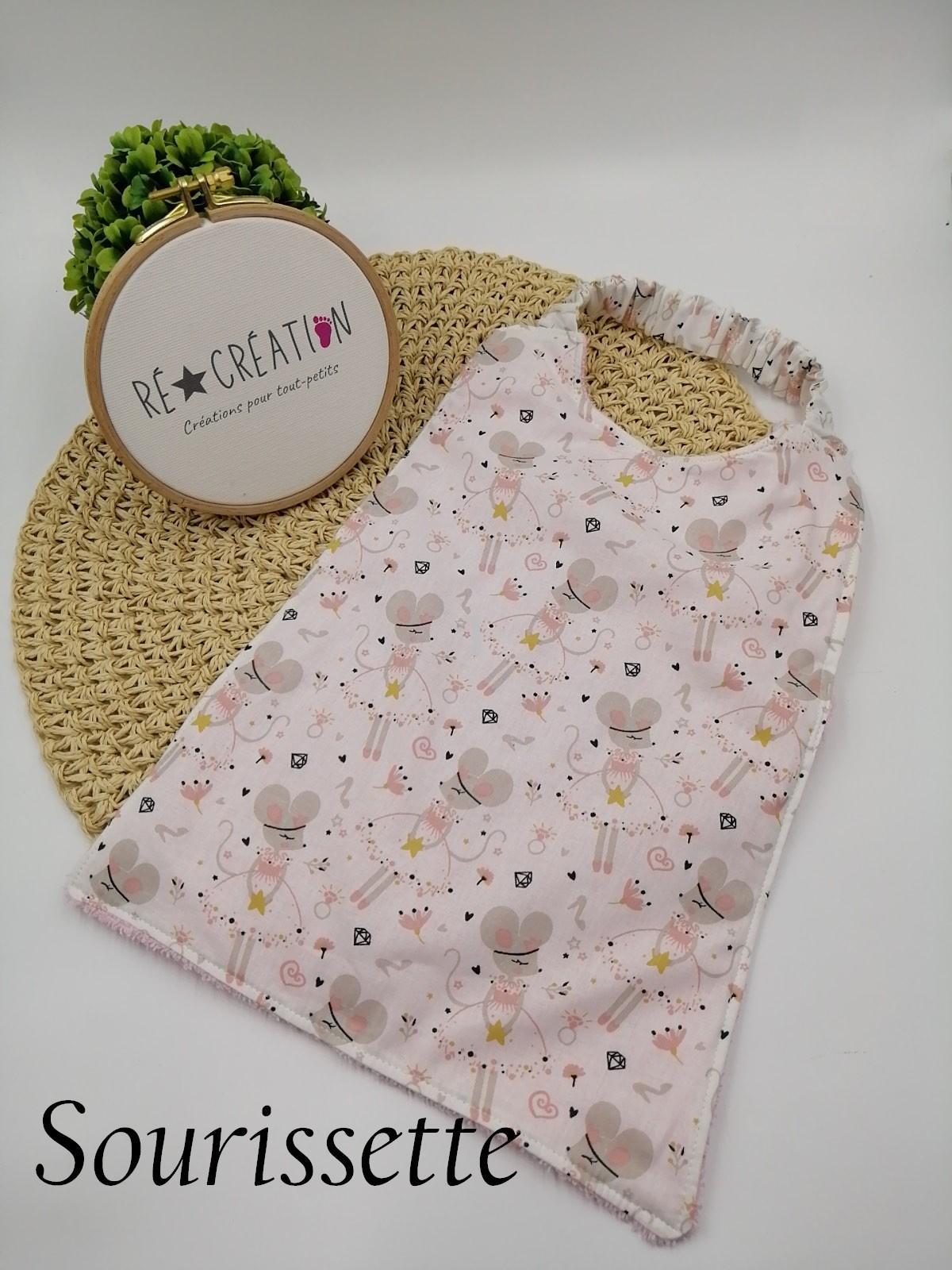 Bavoir serviette maternelle sourissette 1