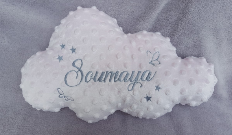 Coussin nuage broder