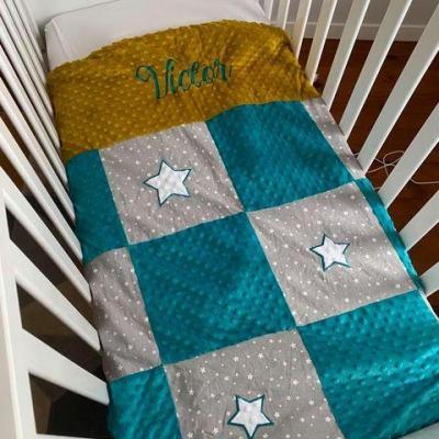Couverture personnalisée patchwork gris étoile bleu émeraude
