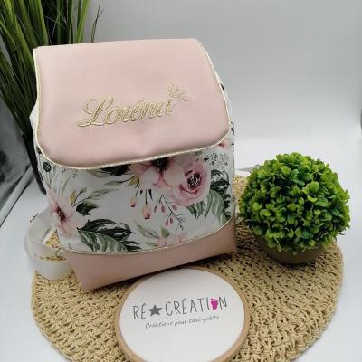 Sac à dos motif floral rabat rose poudré